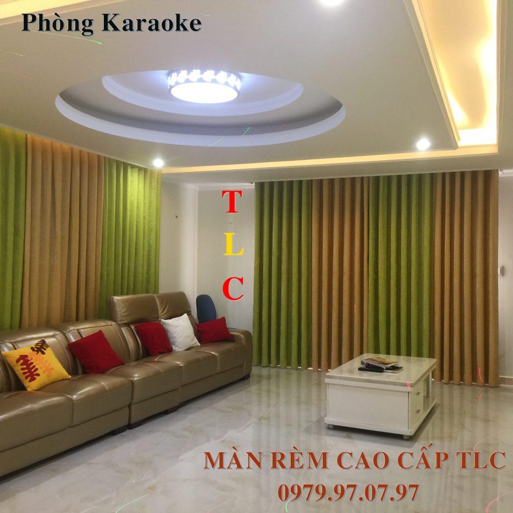 man-cua-phong-karaoke